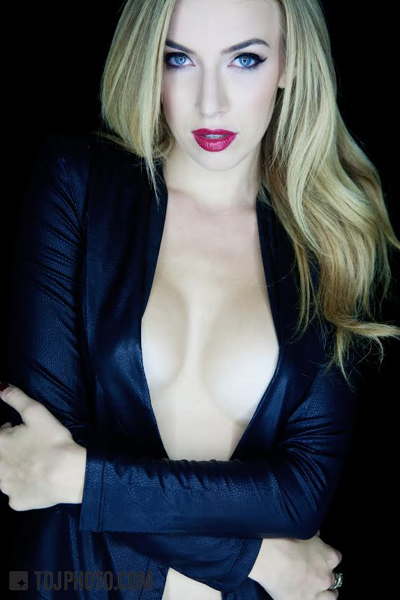 Laura Jacobs 4