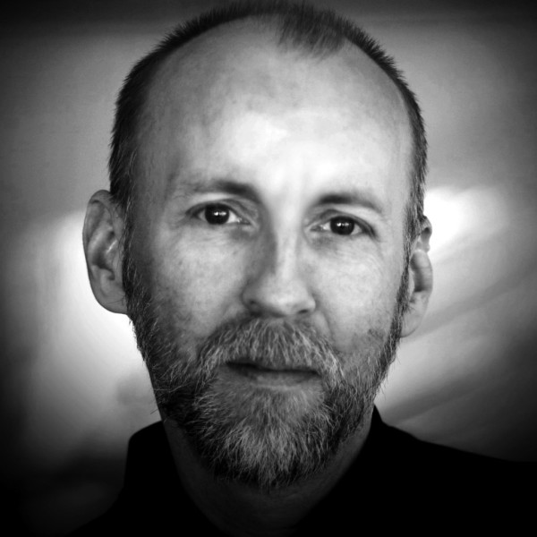 Copy of Colin_Easton_Headshot_Speaker