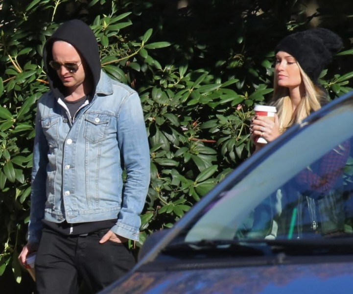 Aaron Paul walking in Vancouver