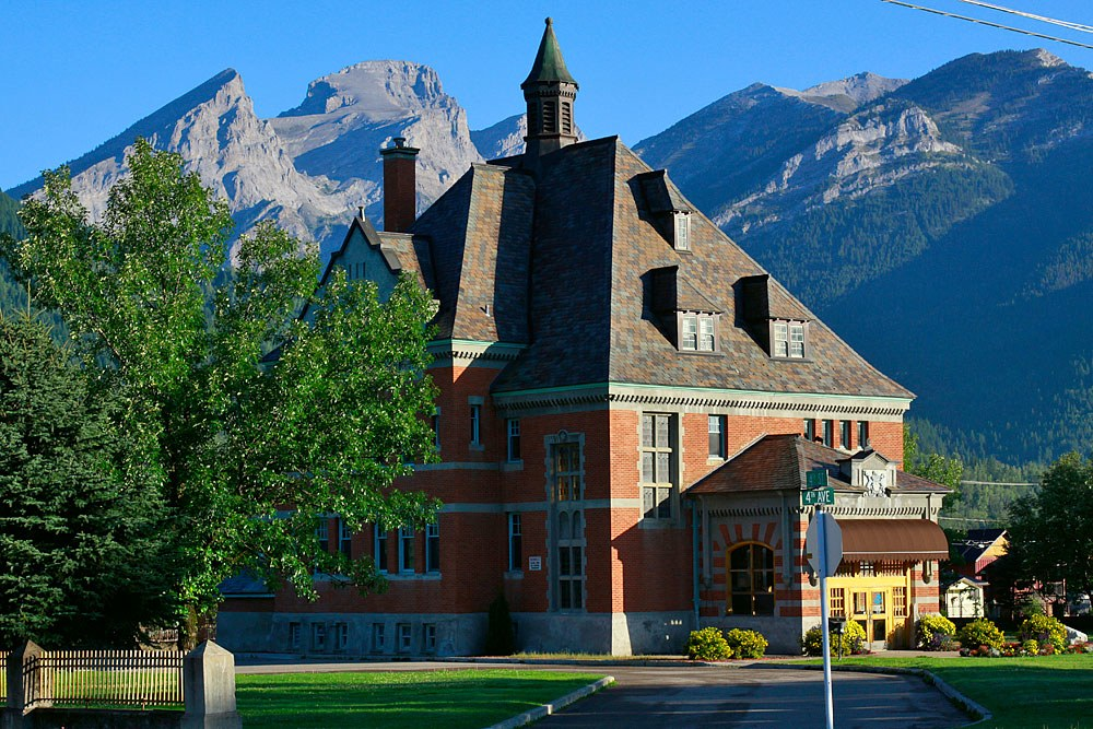 fernie-courthouse