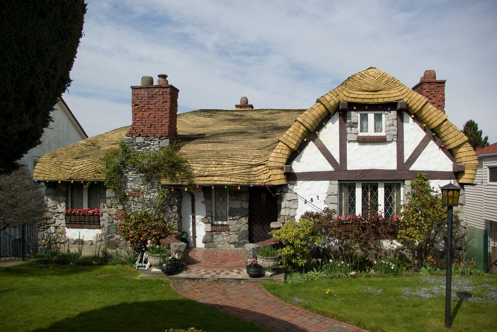 hobbit-house-vancouver
