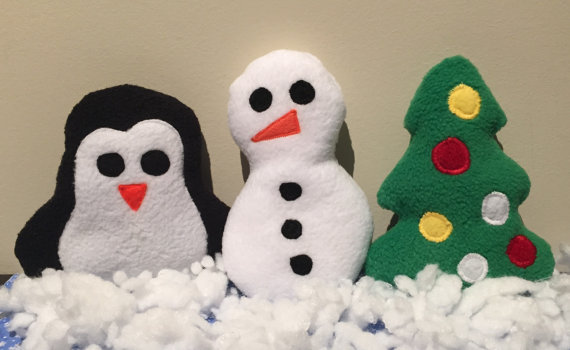 Hand-sewn Christmas-themed dog toys from I Helped Save (ETSY).