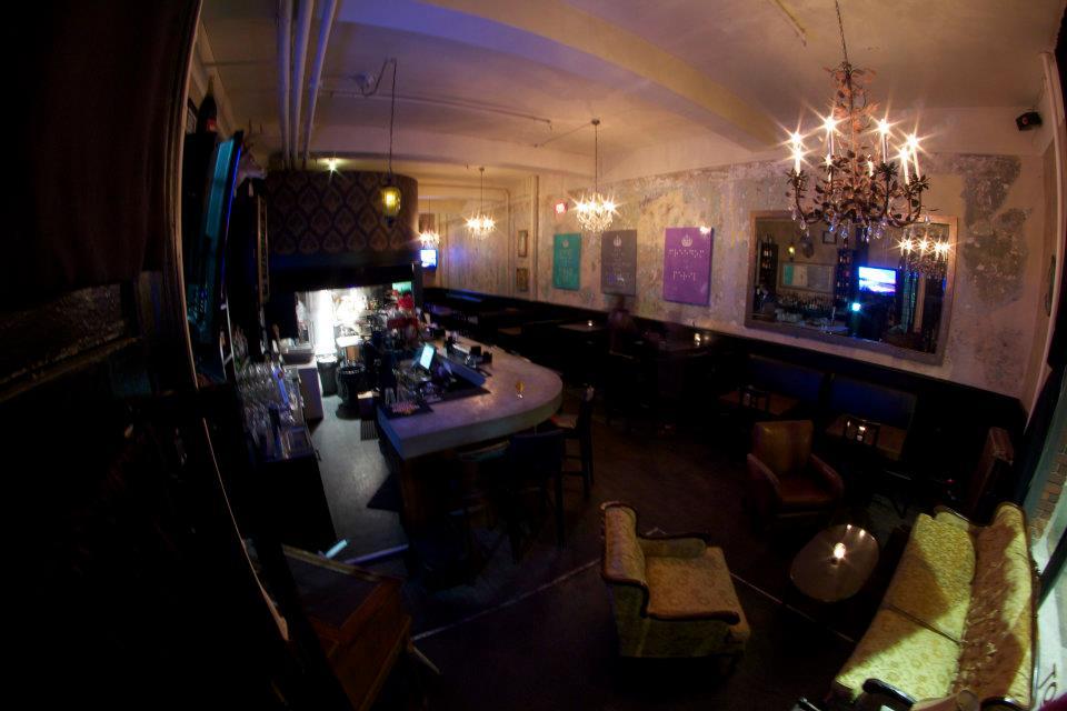 ascot lounge interior gastown