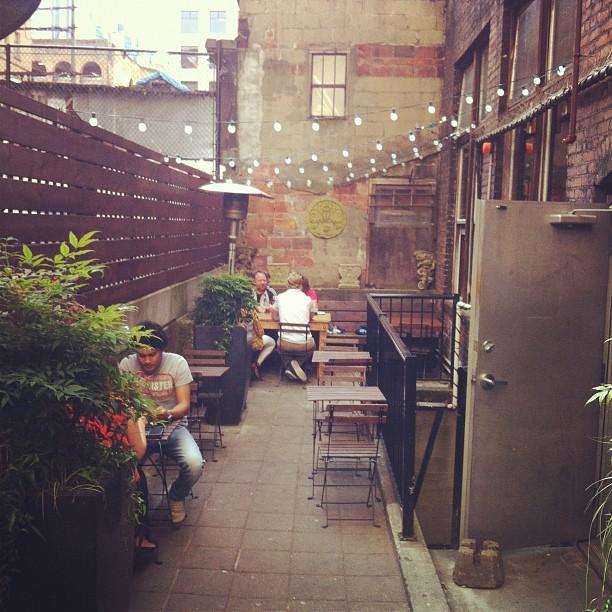ascot lounge patio gastown