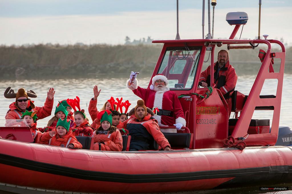 boats christmas santa claus