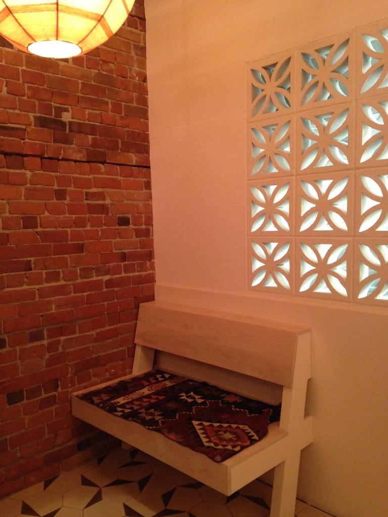 tacofino-corner-seat