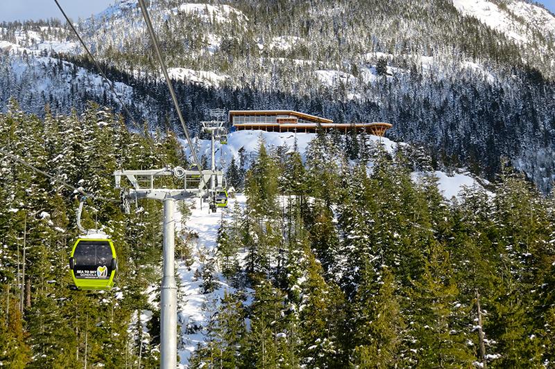 Summit_Lodge_Sea_to_Sky_Gondola_VCB
