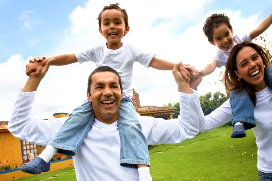 bigstockphoto_happy_family_2704990_oxhd