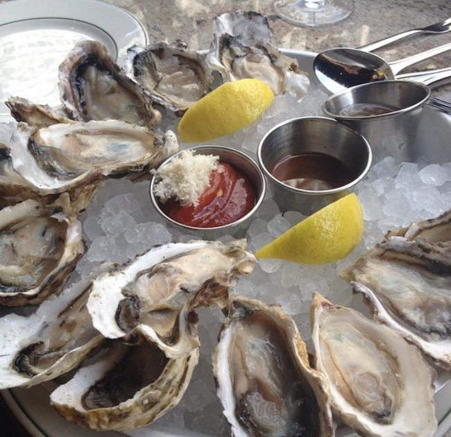 joe-fortes-oysters