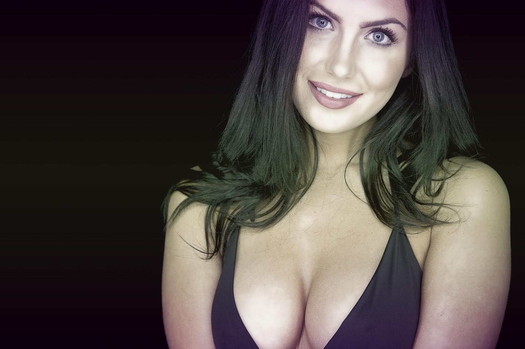 Caitlin Ashley smile