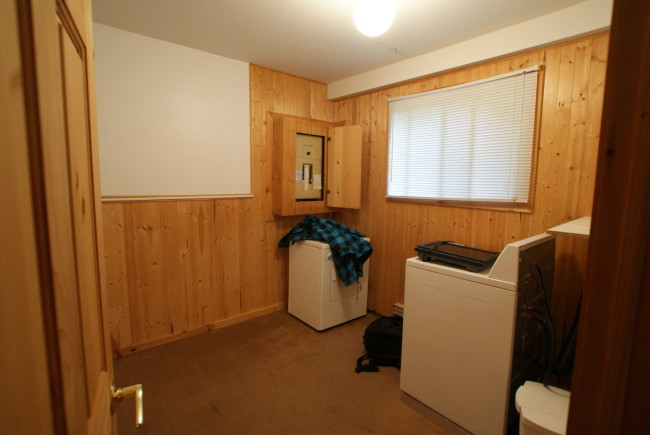 Before: Guest Room/ photo credit: Brandon Barre