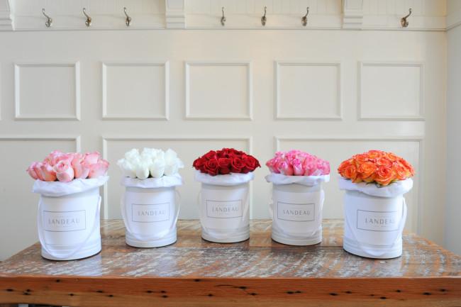 Bouquet variations by Landeau