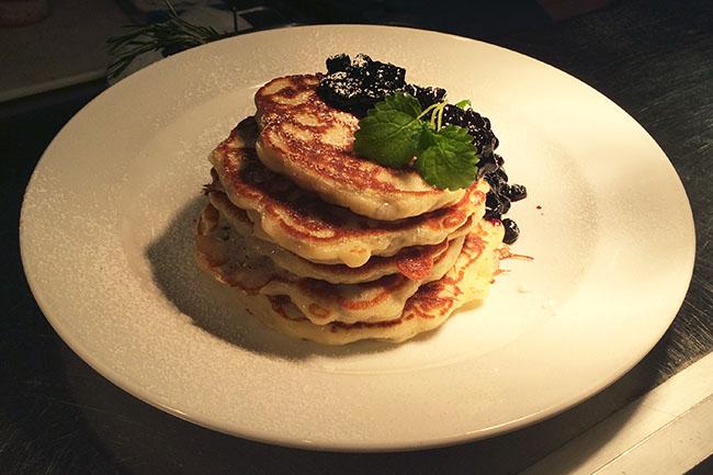 Flaxseed pancakes (Jess Fleming / Vancity Buzz)
