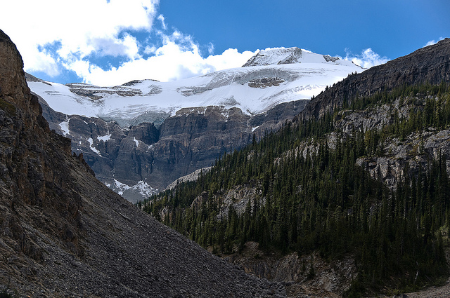 Bow Glacier, Image: Gouldy99 / Flickr