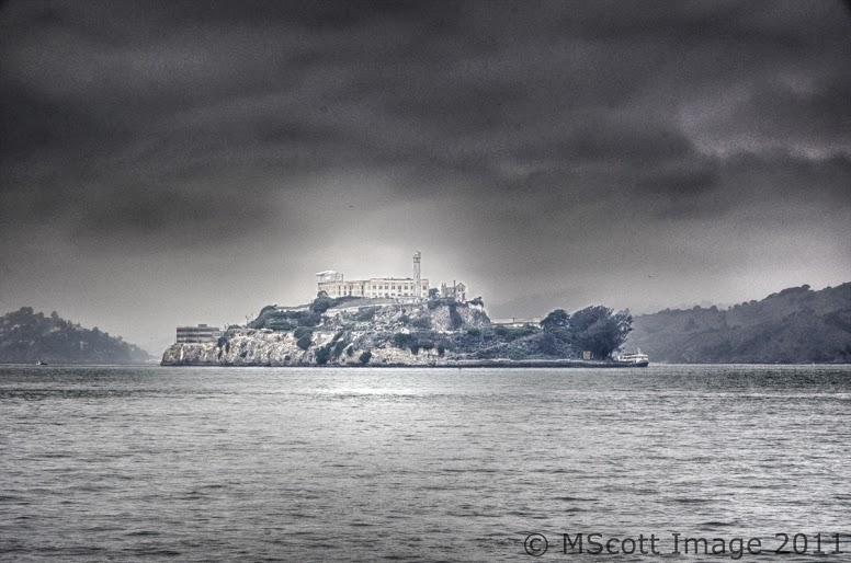 Alcatraz 1 fog