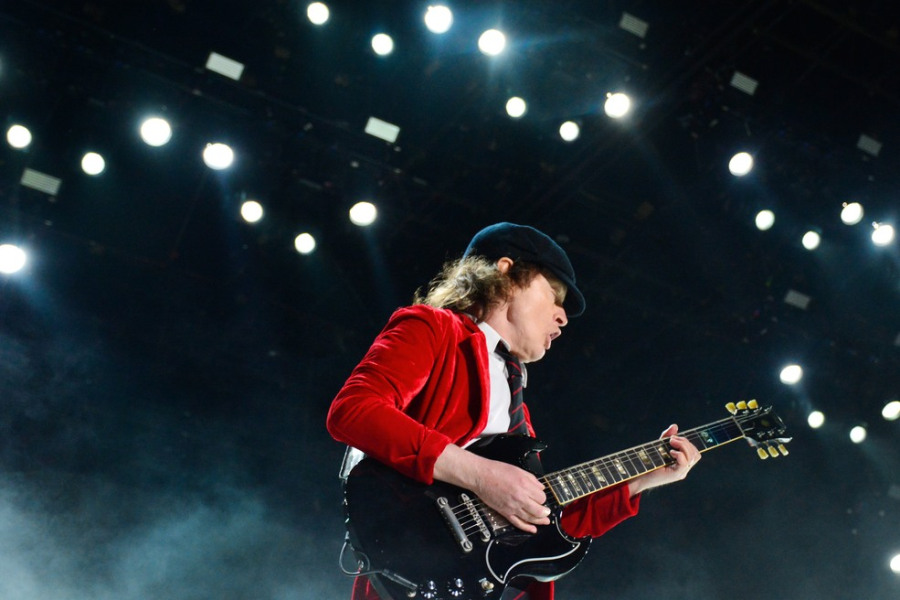 acdc_-_angus_young