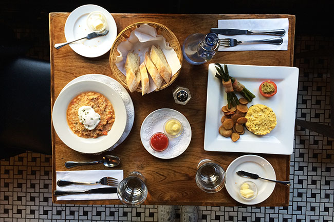 brunch_at_jules_french_bistro_vancouver