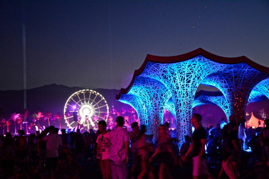 coachella_art_at_night_1