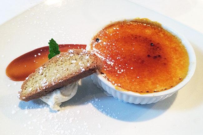 Crème brûleé (Jess Fleming / Vancity Buzz)