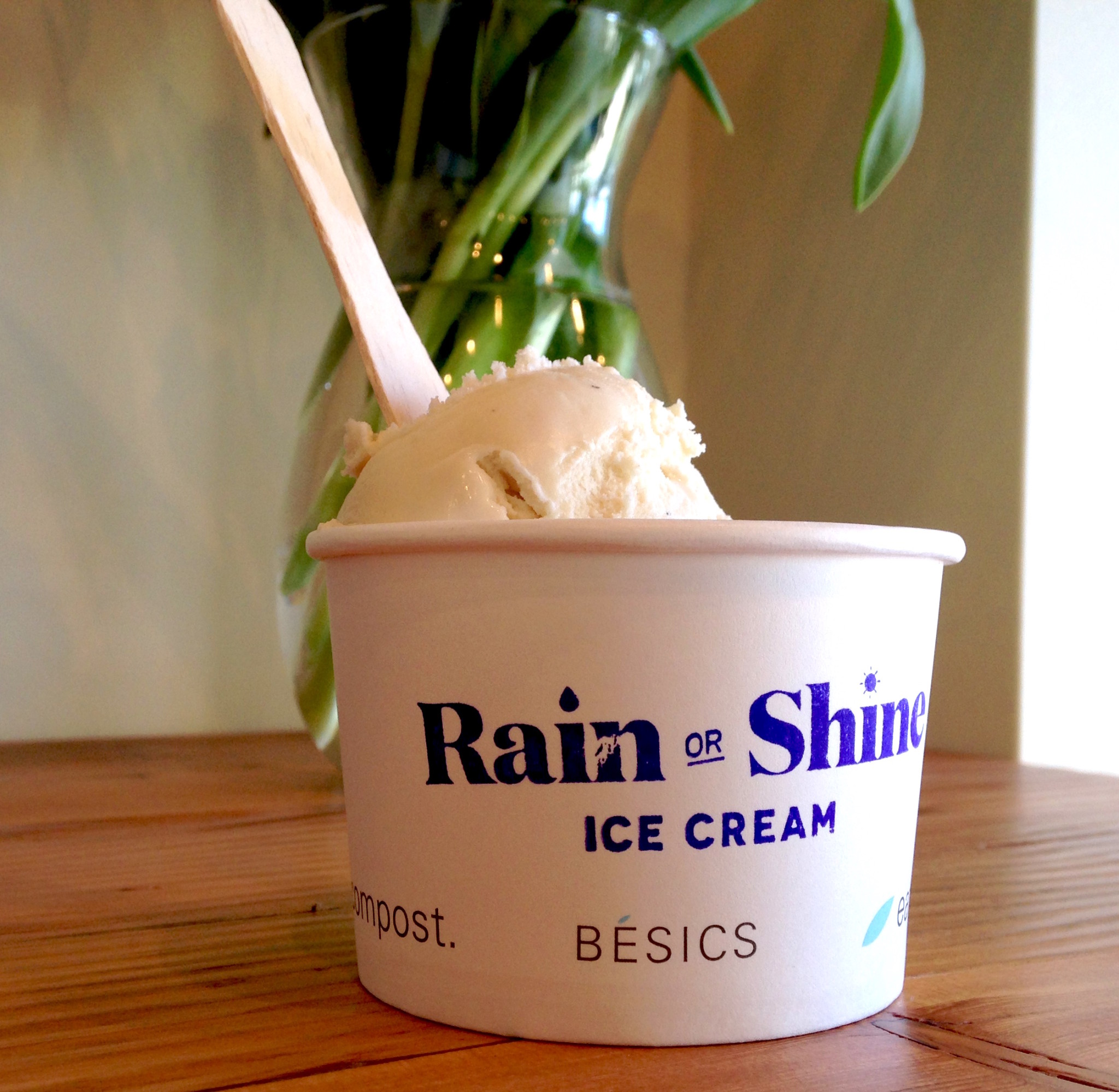 Two scoops at Rain or Shine Cambie Village (Lindsay William-Ross/Vancity Buzz)