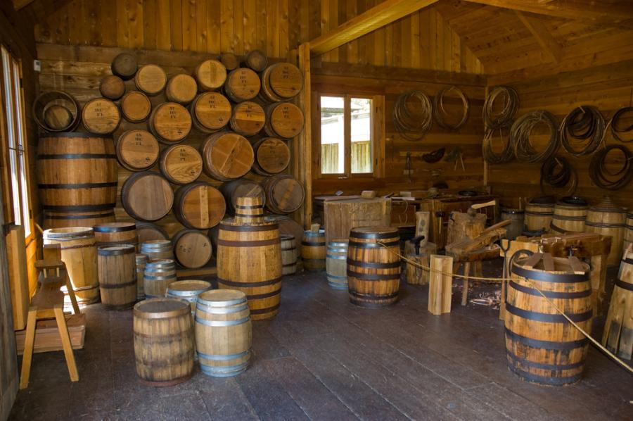 Barrel making in Fort Langley via Shutterstock