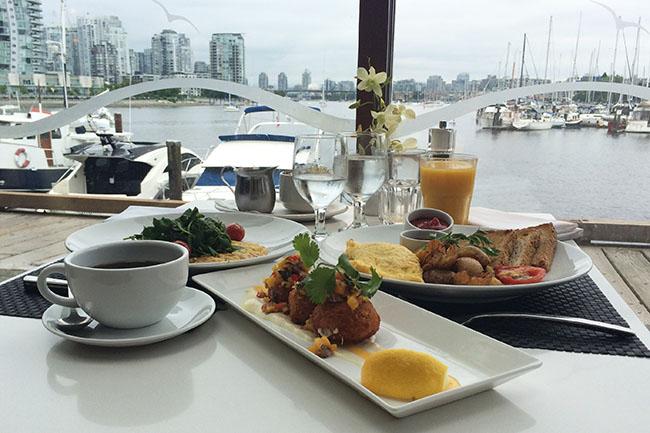 Brunch_Dockside_Restaurant_Vancouver