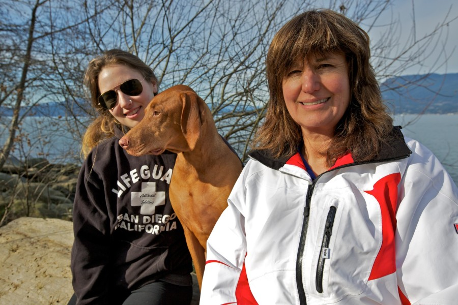 Jen and Betty with Dio a Vizsla.