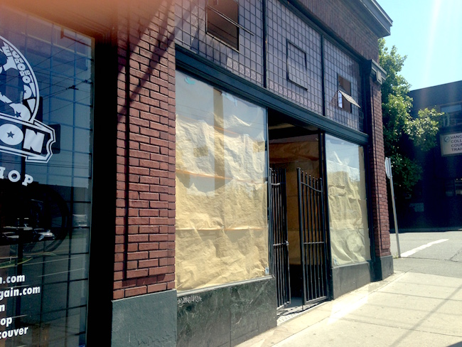 Storefront on Main Street at 6th (Lindsay William-Ross/Vancity Buzz)