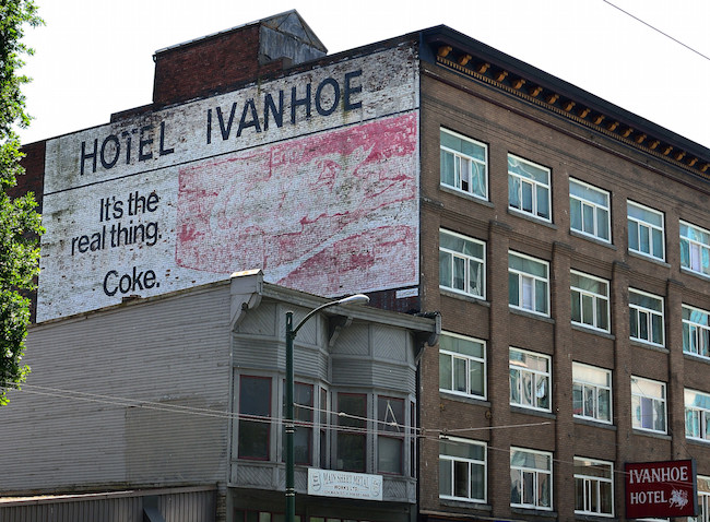 Hotel Ivanhoe (roaming-the-planet/Flickr)