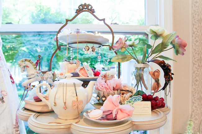High tea service at Patisserie Fur Elise (Photo by Danielle Bauer/Flickr)