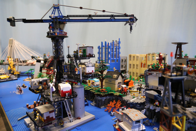 The Fraser Valley future approaches in LEGO world (VLC/Flickr)