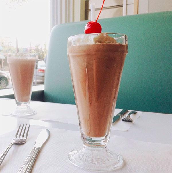 Modern_Burger_Milkshake_Vancity_Buzz