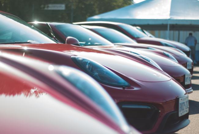 Parked Porsches (Zack Melhus)