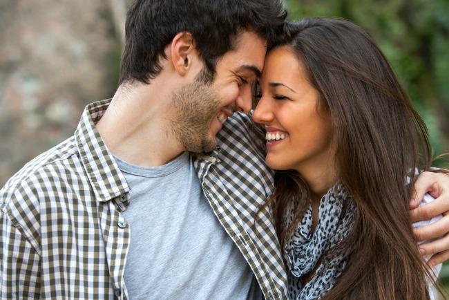 Image: Cuddling via Shutterstock