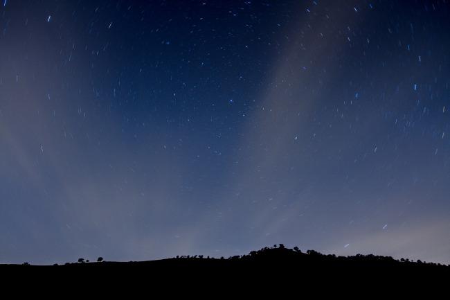 Meteor shower (Christian Arballo/Flickr)