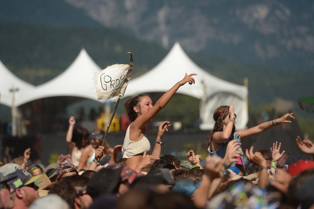 Pemberton Music Festival 2015 crowds girls
