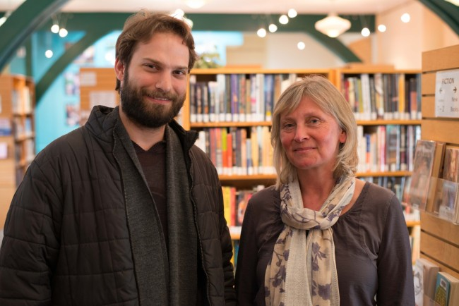 Tina Nielson - the chief librarian, with Thomas Beckman.