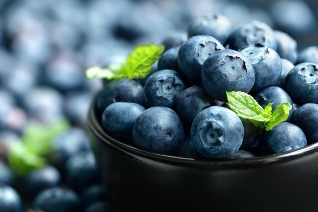 Image: Blueberries via Shutterstock