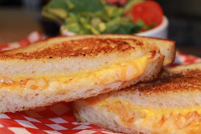 Deacons_grilled_cheese