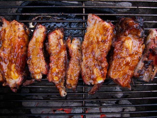BBQ ribs (Paolo Valdemarin/Flickr)