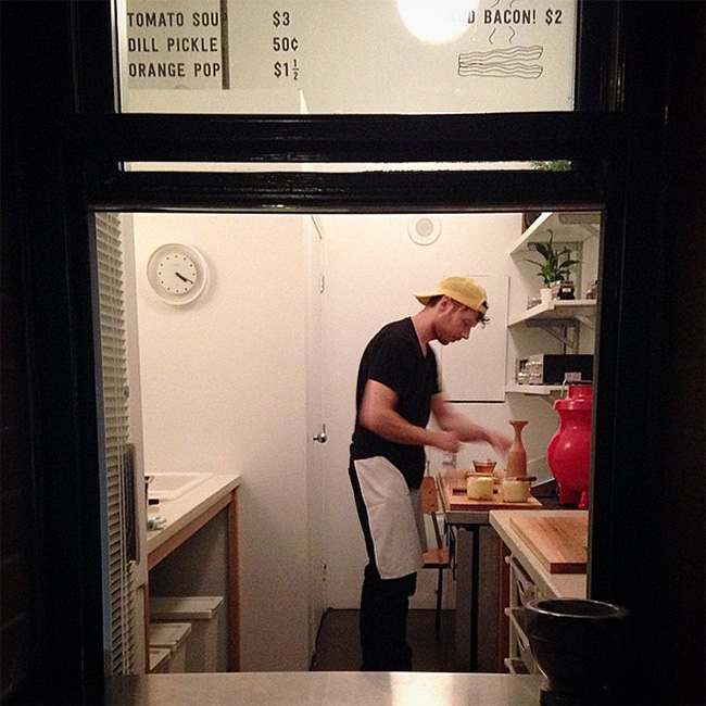 Hi_Five_Grilled_Cheese_Gastown