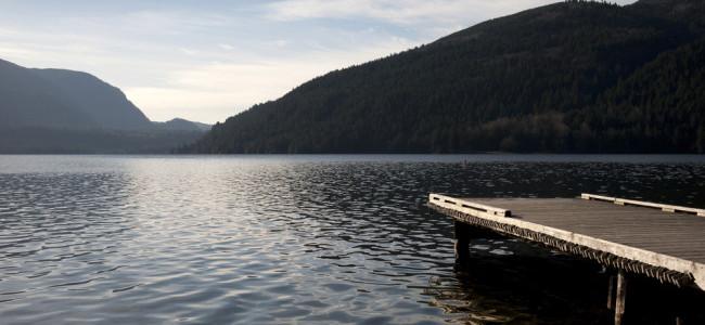 Cultus Lake / Shutterstock
