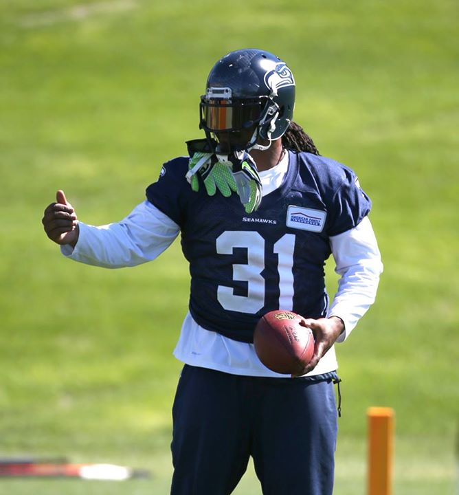 marshawn lynch kam chancellor jersey