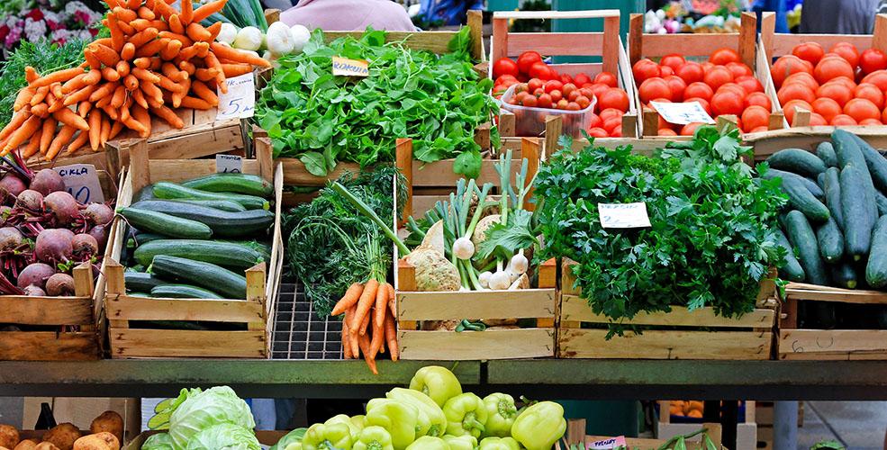 Farmers market via Shutterstock