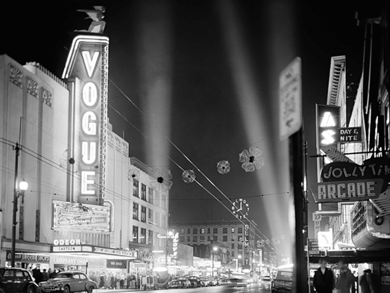 The Vogue Theatre. Image via www.thevisiblecity.ca.