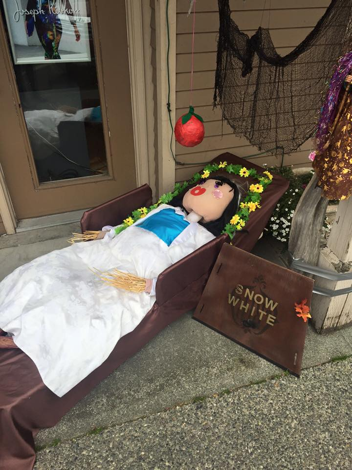 Image: Steveston Scarecrow Crawl via Facebook