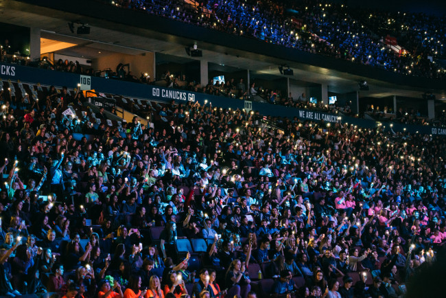 20,000 youth at We Day (Brandon Artis Photography)
