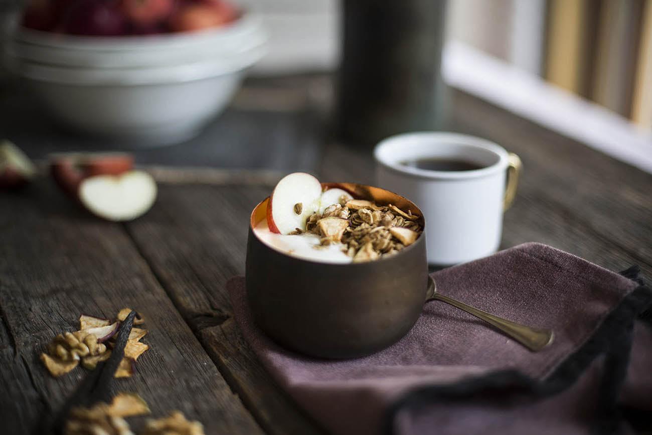 Image: Apple, Vanilla & Walnuts granola, November 2015