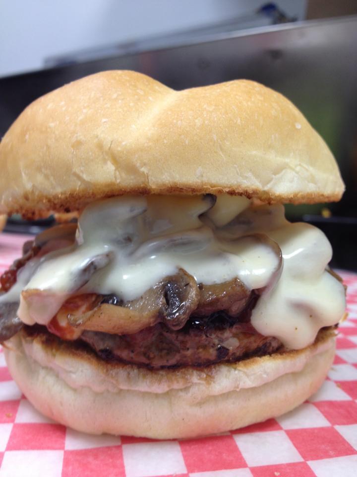 Photo: Wally's Burgers/Facebook