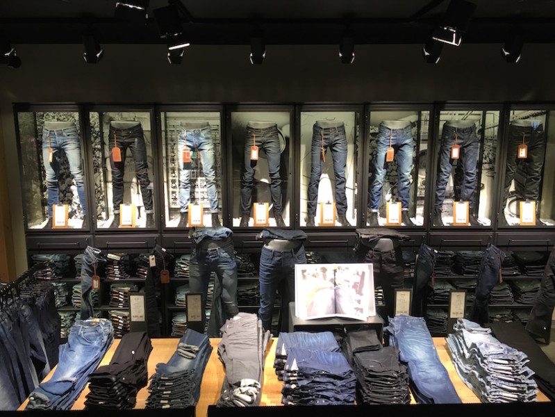 Jack & Jones, Pacific Centre Mall, Helen Siwak